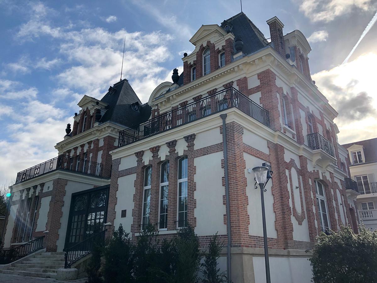 Steva-Villa-Beausoleil-Big-Wall-Paris